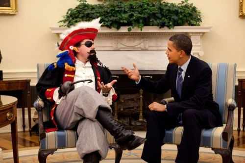 obama meets a pirate 500x333 obama meets a pirate wtf barack obama