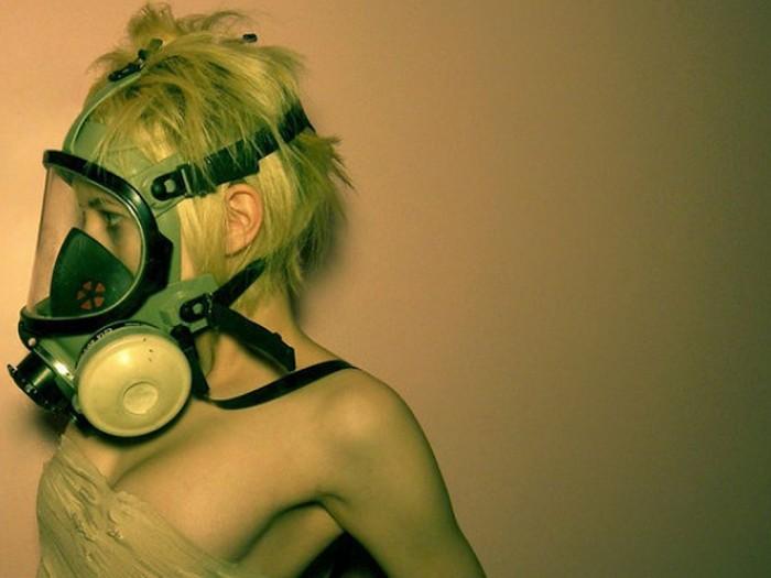 gas mask woman