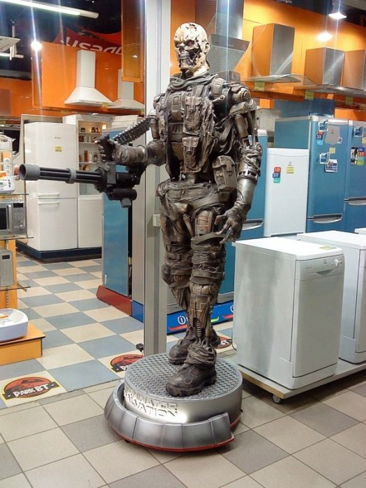 terminator statue with washer and dryer