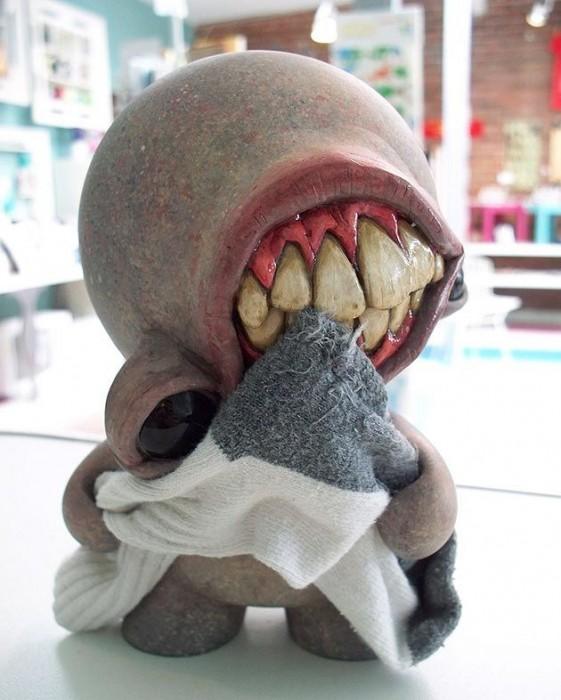 sweater eating alien