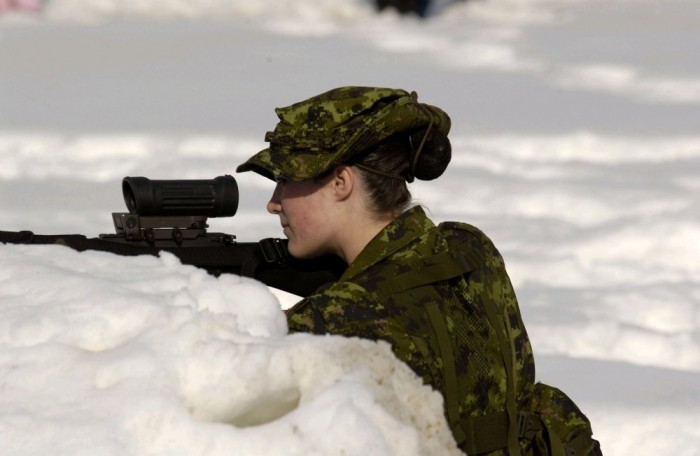 sexy snow sniper 700x456 sexy snow sniper Weapons Wallpaper Military