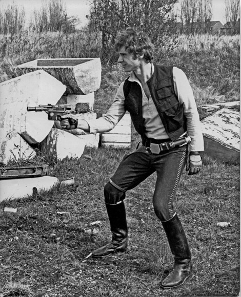 star wars solos gun stance star wars   solos gun stance star wars Movies Fantasy   Science Fiction