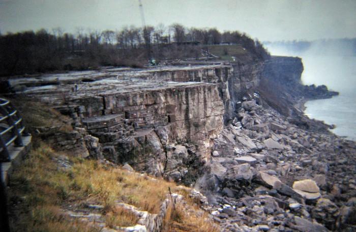 dry niagra falls
