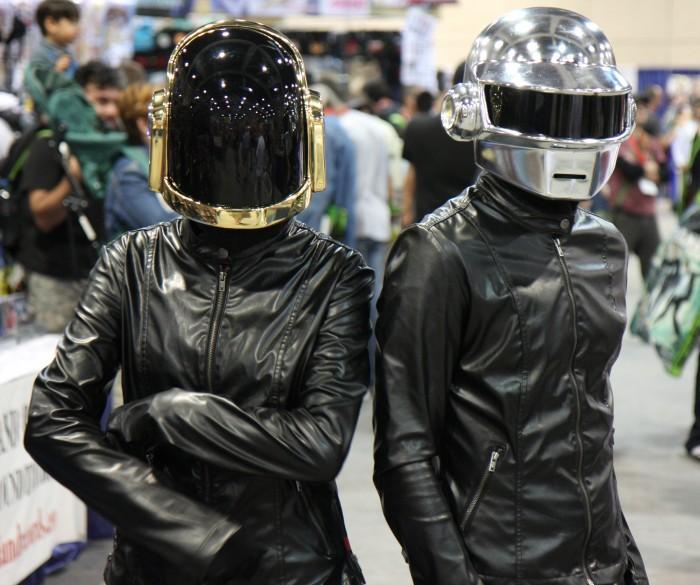 daft punk cosplayers