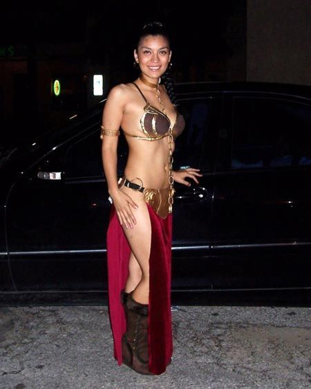 princess leia slave cosplay. Slave Leia Cosplayers