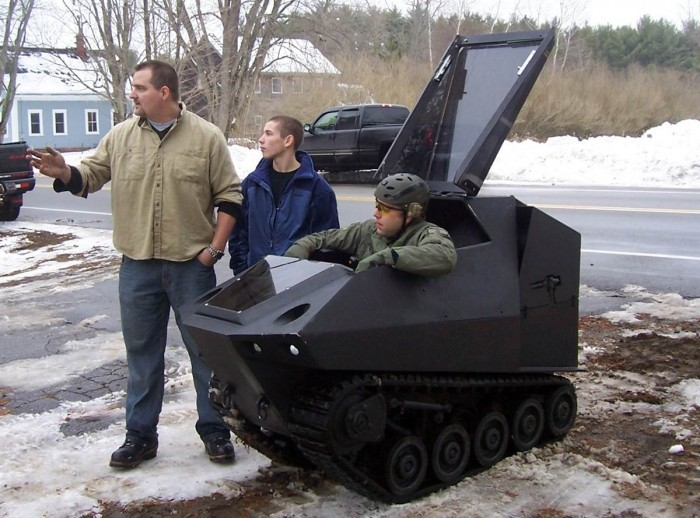 Hiss Tank