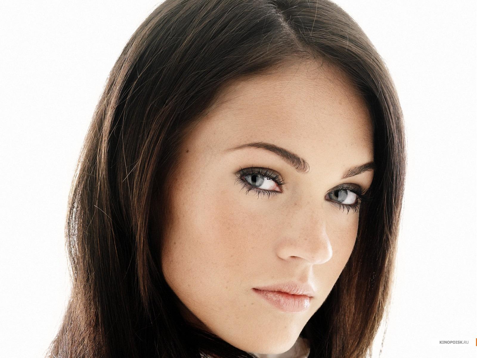 a beautiful woman
