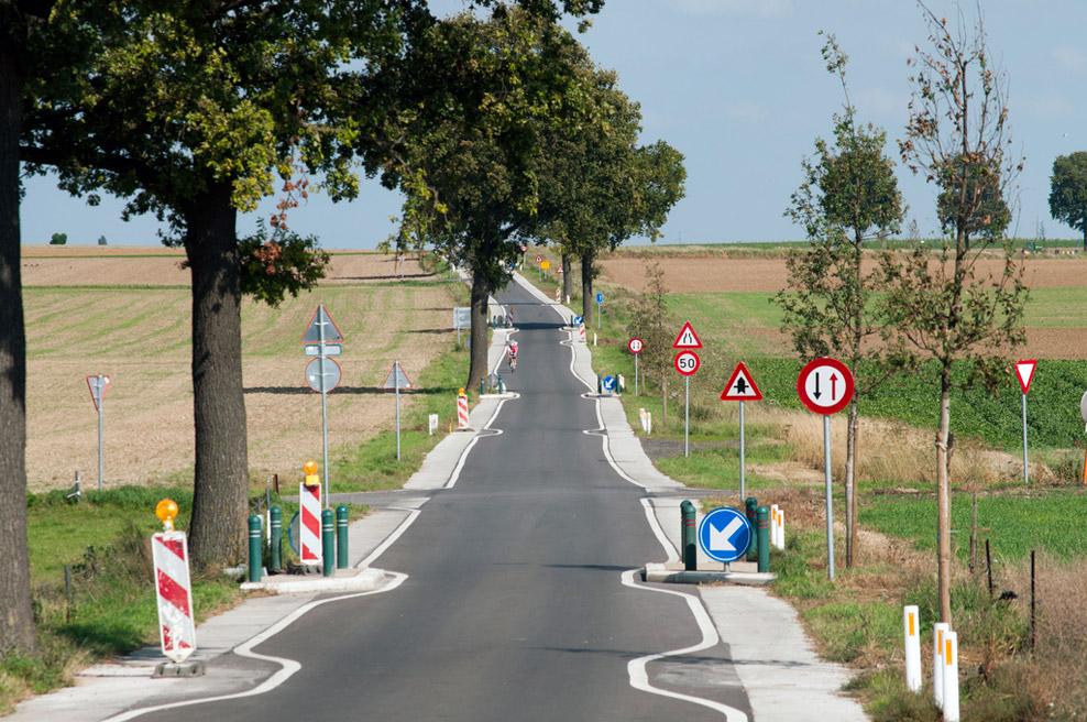 poorly designed road
