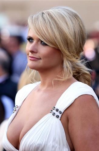 miranda lambert - white dress