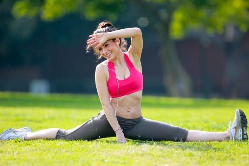 sarah shahi splits