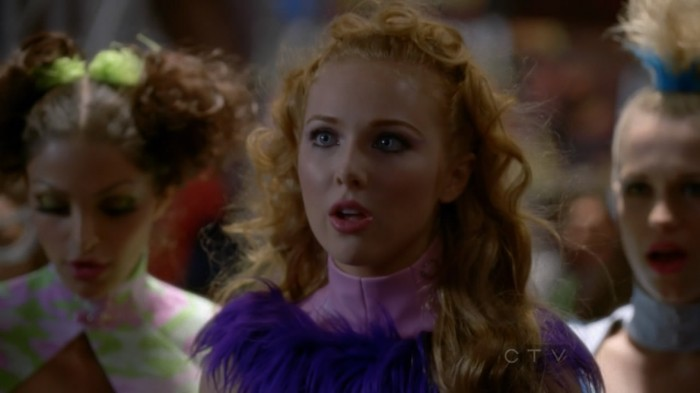 Molly Quinn   Castle s05e06  14  700x393 Molly Quinn   Cosplayer (from Castle s05e06)