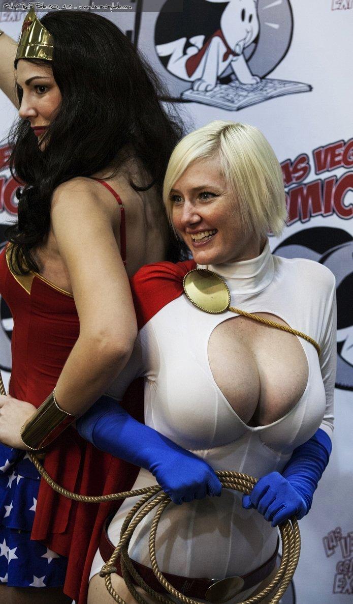 powergirl cosplayer.jpg