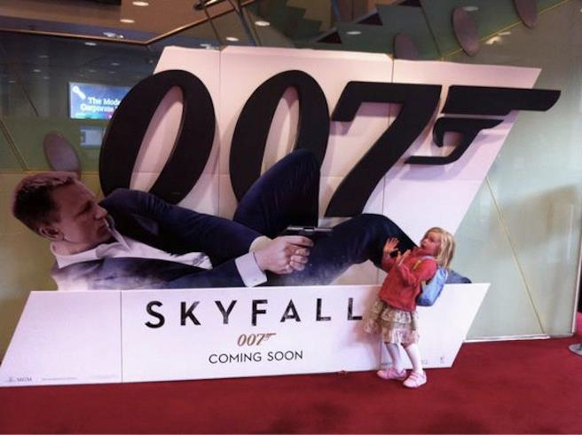 skyfall – bond shoots child.jpg