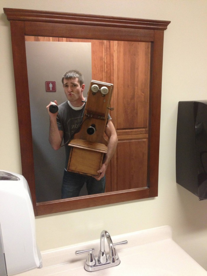 ye olden mirror picture.jpg