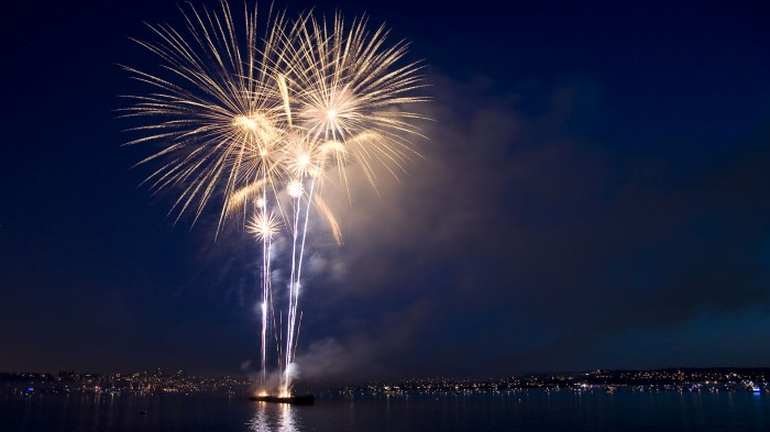 Water way fireworks.jpg