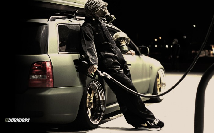 gas mask gas pumper.jpg