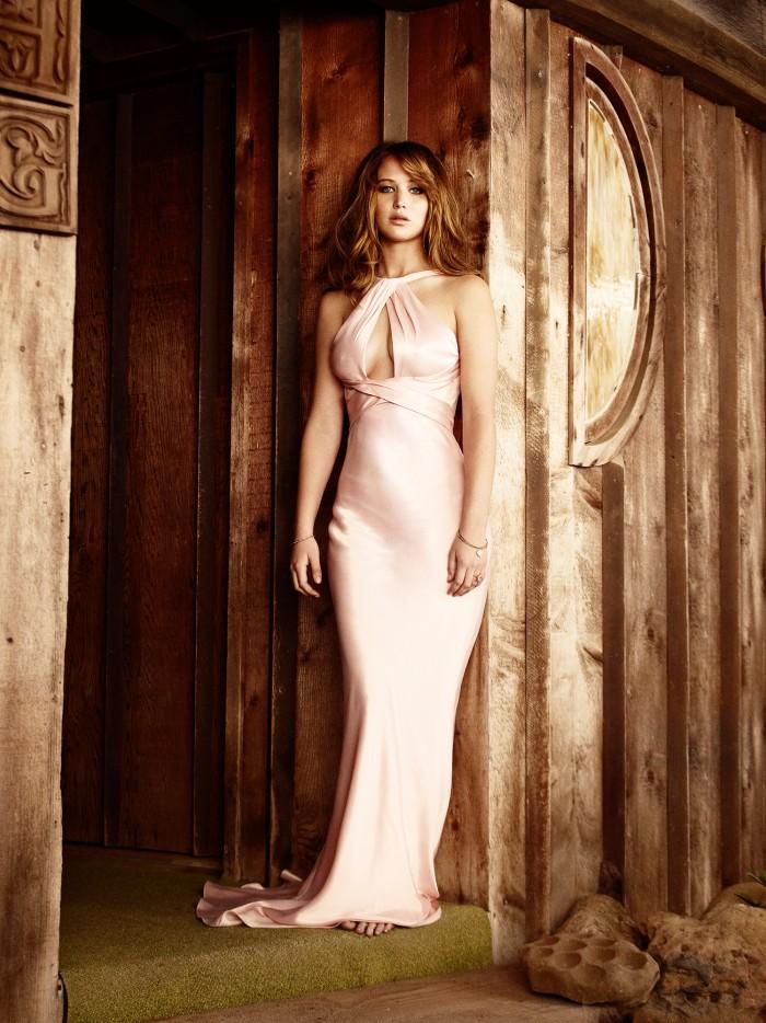 jennifer lawrence - pink dress.jpg