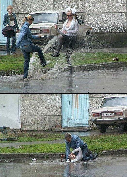 water splashing fight.jpg