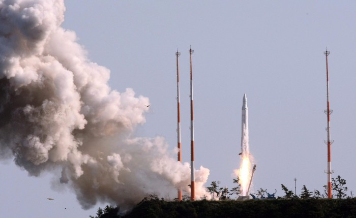 South Korea successfully launches first space rocket