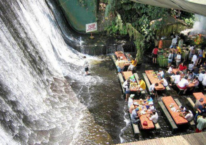 Waterfall Restraunt.jpg