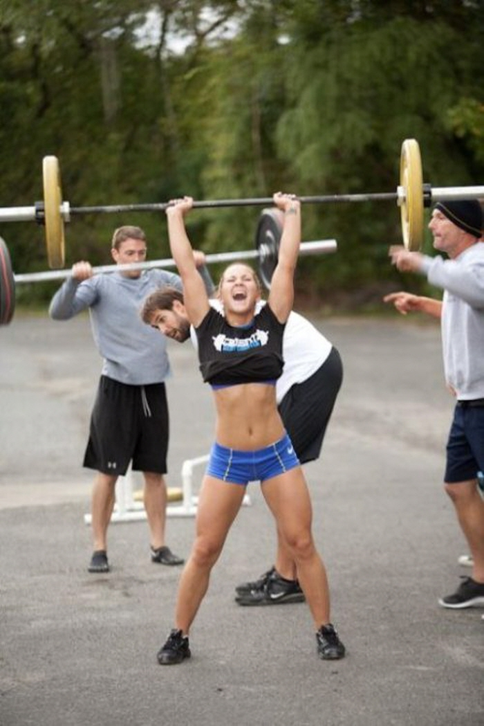 muscle woman.jpg