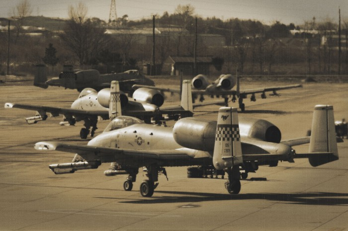 A-10 Thunderbolt IIs prep for flight