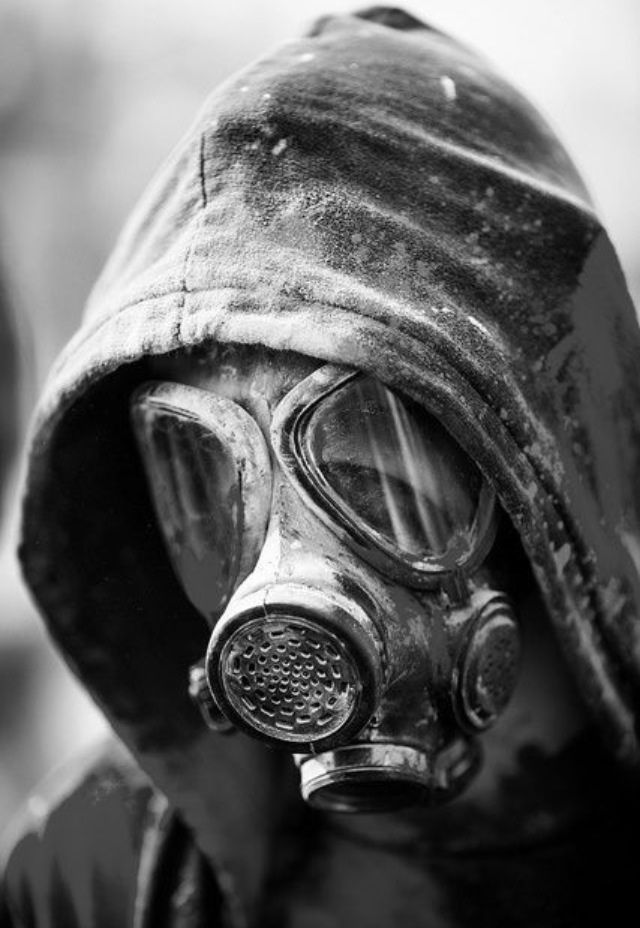 Dusty Gas Mask.jpg