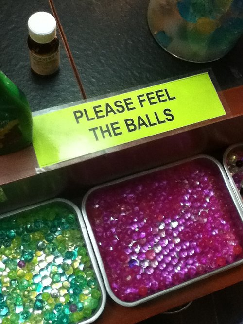 Please feel the balls.jpg