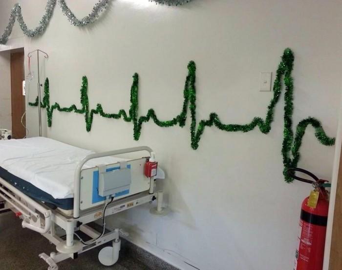 Hospital Christmas Decorations 700x554 Hospital Christmas Decorations X Mas wtf Humor
