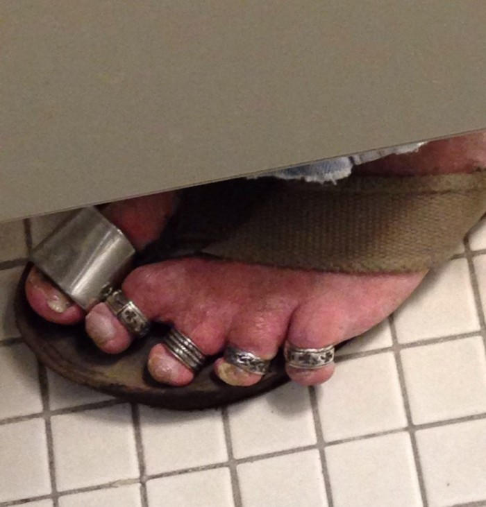 toe rings.jpg