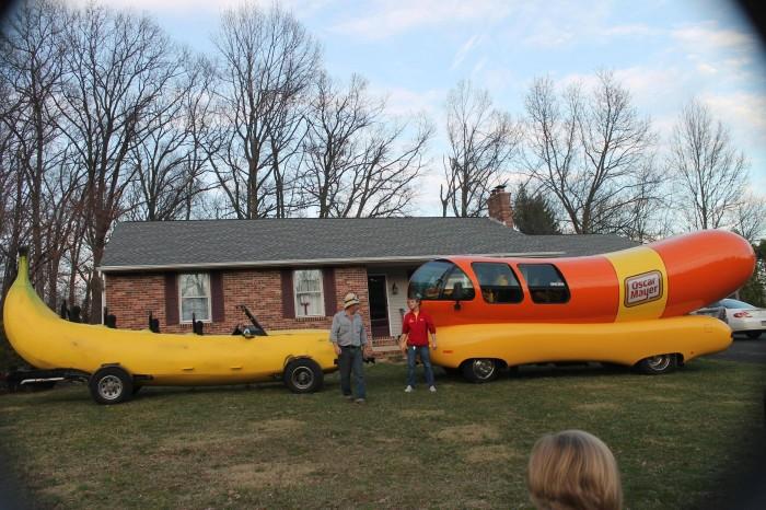 Banana Car vs Oscar Mayer Car