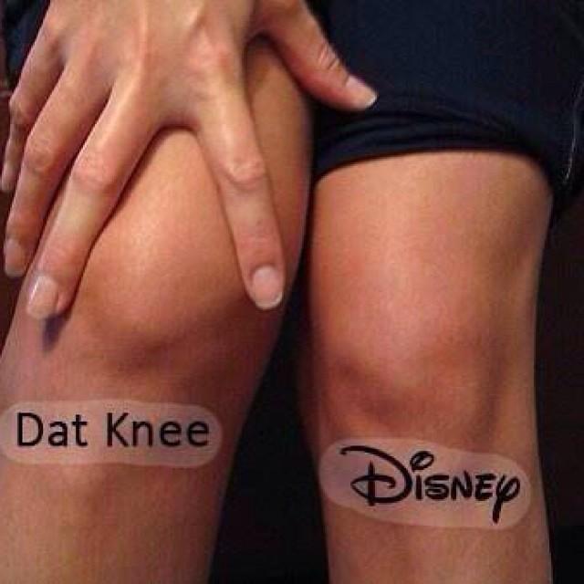 Dat knee Disney.jpg