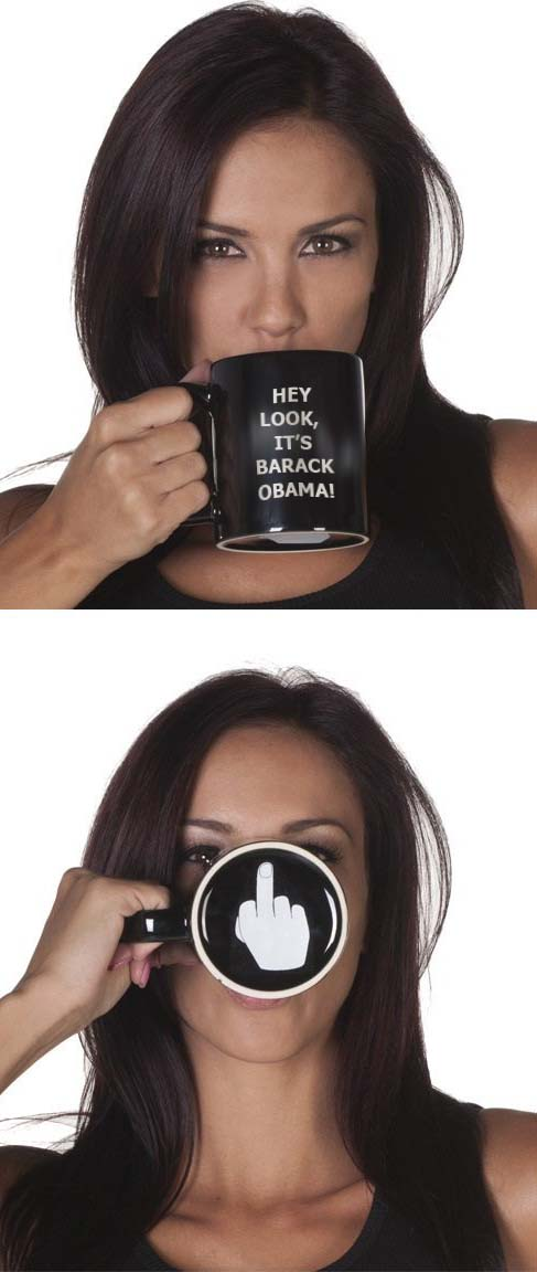 Hey look its barack obama Hey look, its barack obama Politics middle finger Humor barack obama