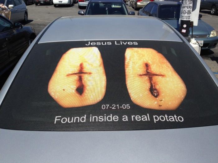 Jesus lives.jpg