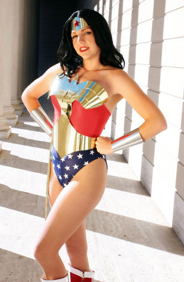 Metal Shield Wonder Woman.jpg