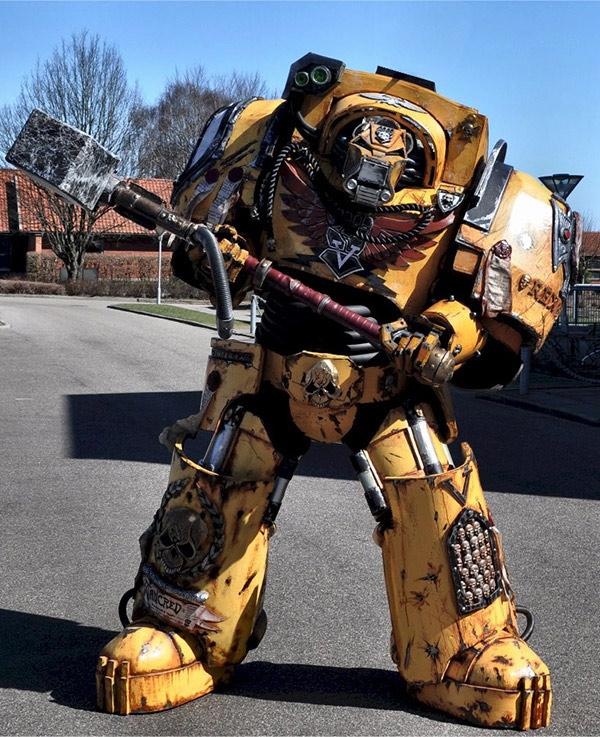 warhammer-40k-cosplay.jpg