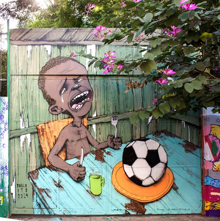MuralEventoDaPompeia 700x705 World Cup Brazil world cup Politics paulo ito no bread and games football fifa brazil
