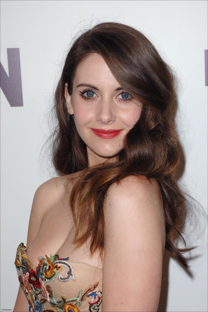 Alison brie looking busty.jpg