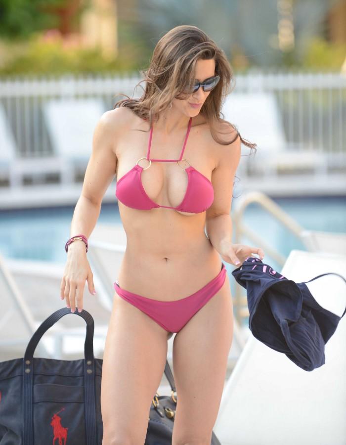 Anais Zanotti - purple bikini.jpg