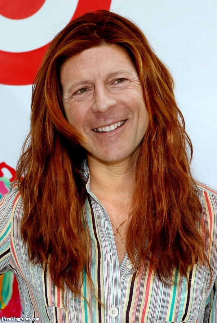 Bruce Willis as a Woman 700x1045 Bruce Willis as a Woman wtf Bruce Willis