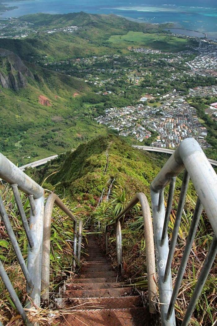 stairway to heaven oahu.jpg