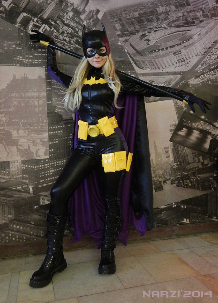 Batgirl cosplayer.jpg