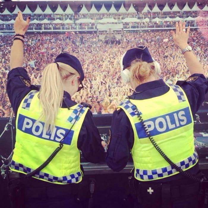 Polis DJ 700x700 Polis DJ Sports Sexy Music