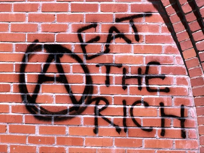 1402804166420 700x525 eat the rich money