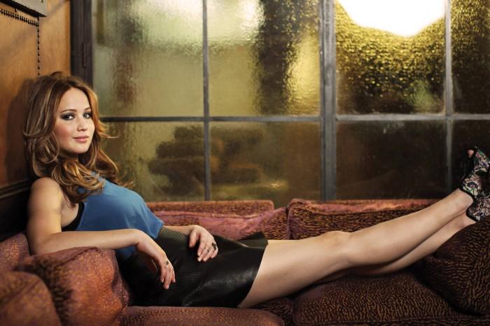 Jennifer Lawrence - legs.jpg
