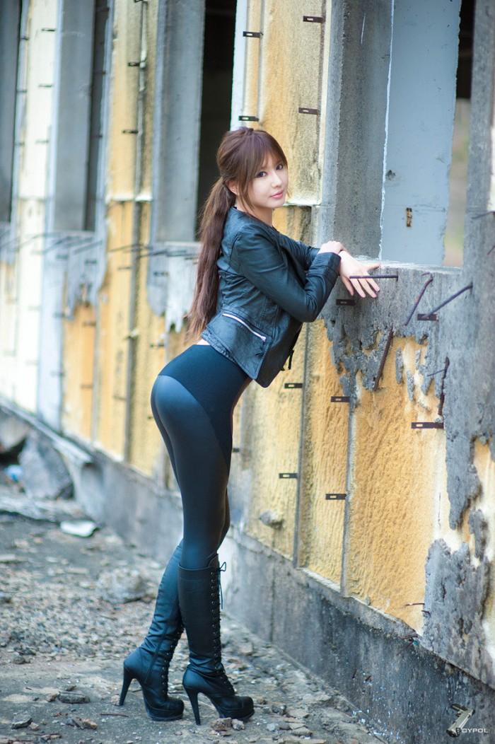 leather pants women fashion