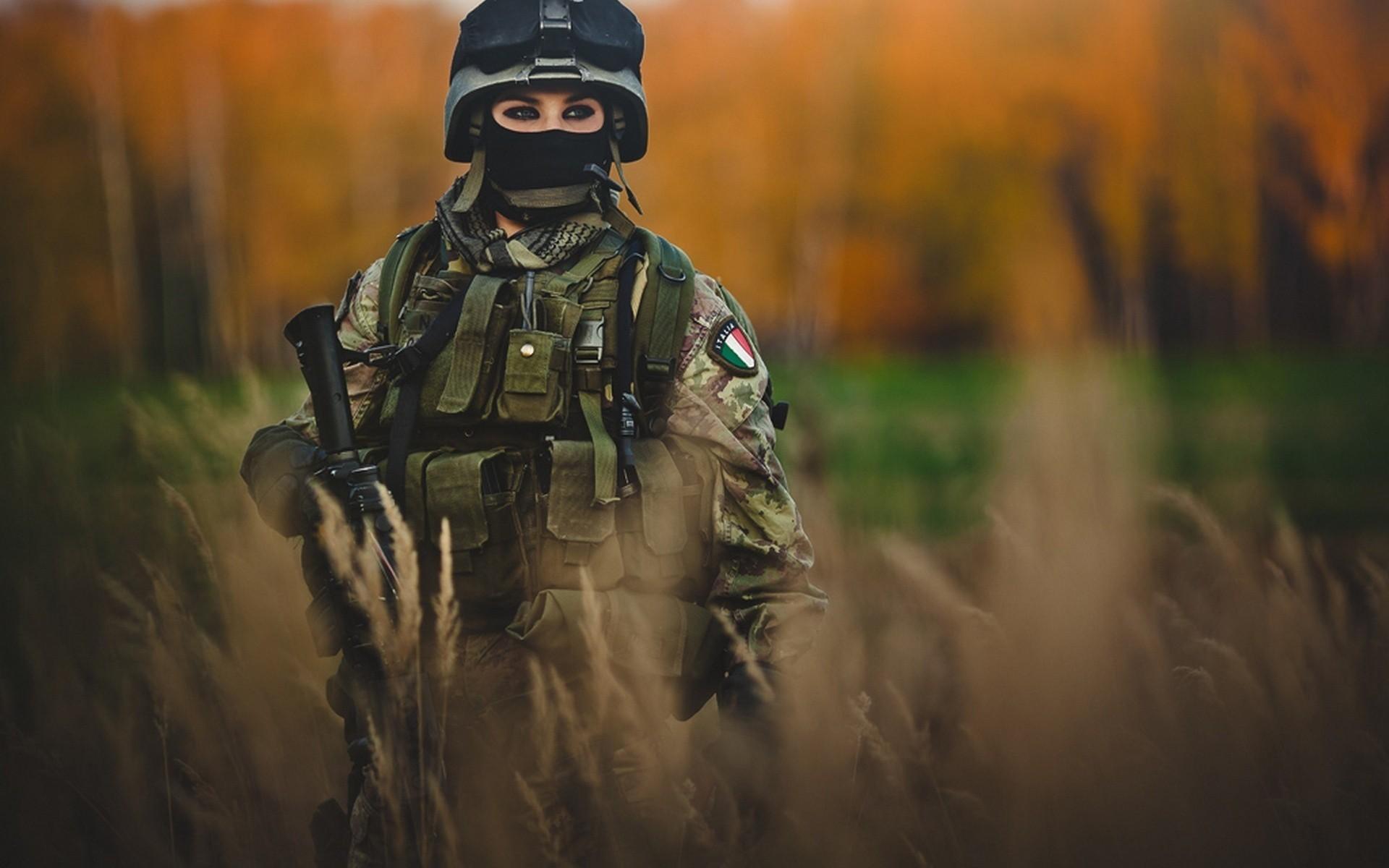 Italian Military Issued Eye Liner.jpg