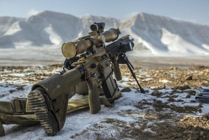 Mountain Rifle hk417 700x467 Mountain Rifle hk417 Weapons Military