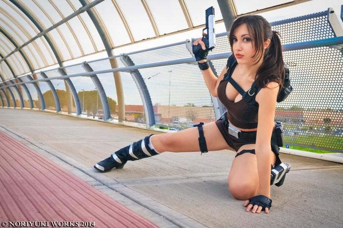 Sexy Cosplay of Lara Croft.jpg