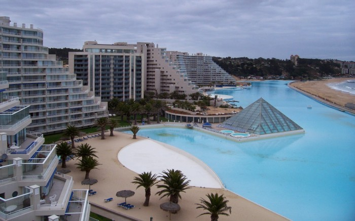 chile san alfonso del mar swimming pools